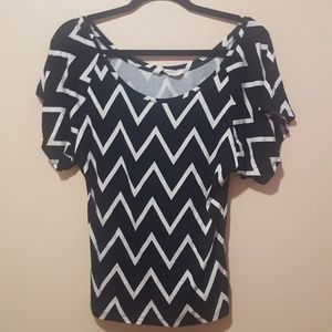 Old Navy Black and White Chevron Top